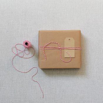 Bomullssnöre trefärgat röd/rosa/vit