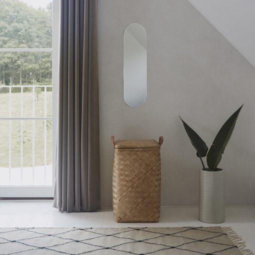 Tvättkorg med lock i bambu Sporta från OYOY