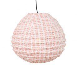 Droppformad rislampa i rosa mönstrat tyg från Afroart i mönstret Candy