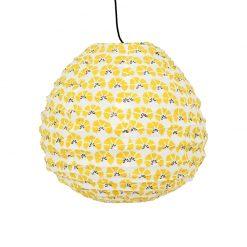 Droppformad rislampa i gult mönstrat tyg från Afroart i mönstret Cornflower