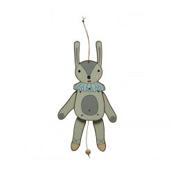 Sprattelgubbe kanin i trä från OYOY