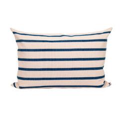 Randig kudde Juana 50x70cm blå och ljusrosa från Afroart