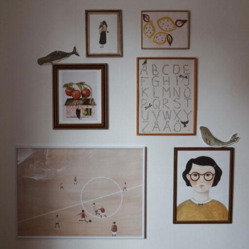 Poster ABC med bokstäver, alfabetet och fåglar av Kajsa Visual eller Kajsa Hagelin