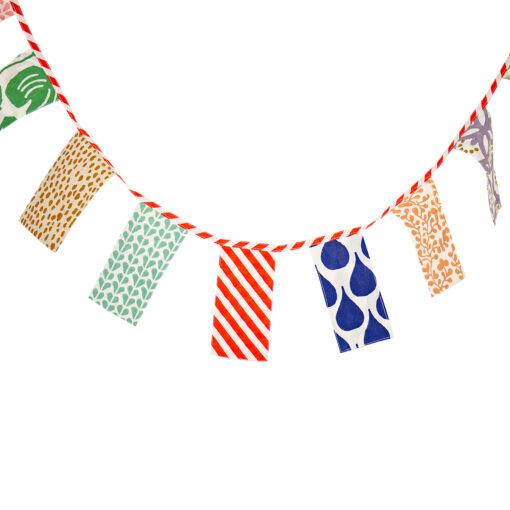 Vimpel girland eller flaggspel i tyg Party från Afroart